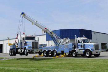 Heavy duty towing in Deshler